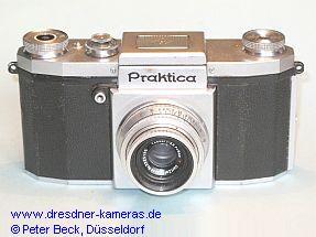 Praktica (1949) mit Tessar 3,5/50 - erstes Modell mit angegossenen Trageösen