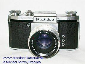 Praktica (1952) mit Biotar 2/58 - Modell mit Blitzbuchsen F und X