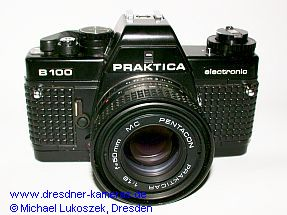 Praktica B100 (genoppter Bezug) mit Pentacon Prakticar 1,8/50