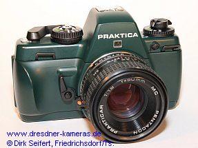 """Praktica BX 20 S in der grünen Ausführung für Foto Greiss Leverkusen (ohne Bezeichnung """"BX 20 S"""")"""