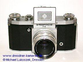 Praktica FX (Modell mit einer Blitzbuchse) mit Tessar 2,8/50