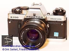 Praktica B 200 chrome with label Pentacon Italia