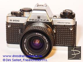 Praktica B 200 chrome with noppy leatherette
