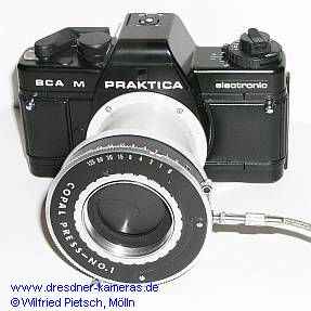 Praktica BCA M with Copal-Press-diaphragm-shutter from Japan in the micro-attachment