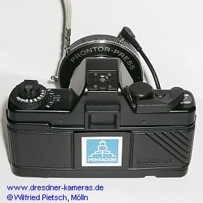 Praktica BCA M with Prontor-Press-diaphragm-shutter from West-Germany in the micro-attachment